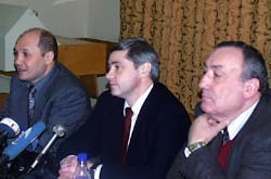 Э.Хусаинов, П.Рожков и Н.Пархоменко