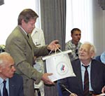 Владимир Васин поздравляет ветеранов XV Олимпийских игр